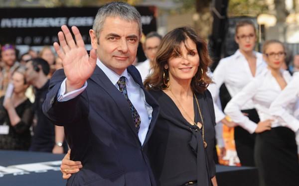 Mr Bean chính thức ly hôn để cặp bồ trẻ bằng nửa tuổi - 1