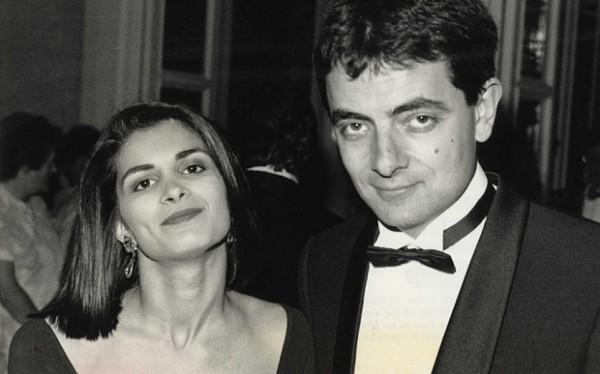 Mr Bean chính thức ly hôn để cặp bồ trẻ bằng nửa tuổi - 2