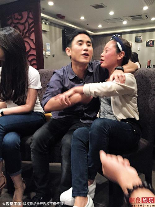Rò rỉ ảnh thác loạn của kiều nữ - thiếu gia Hong Kong - 4