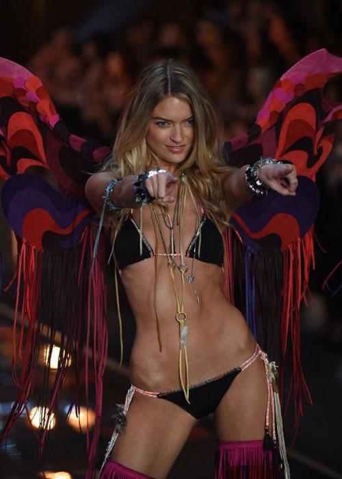 Dàn mẫu nội y cực gợi cảm trong show Victoria's Secret - 8