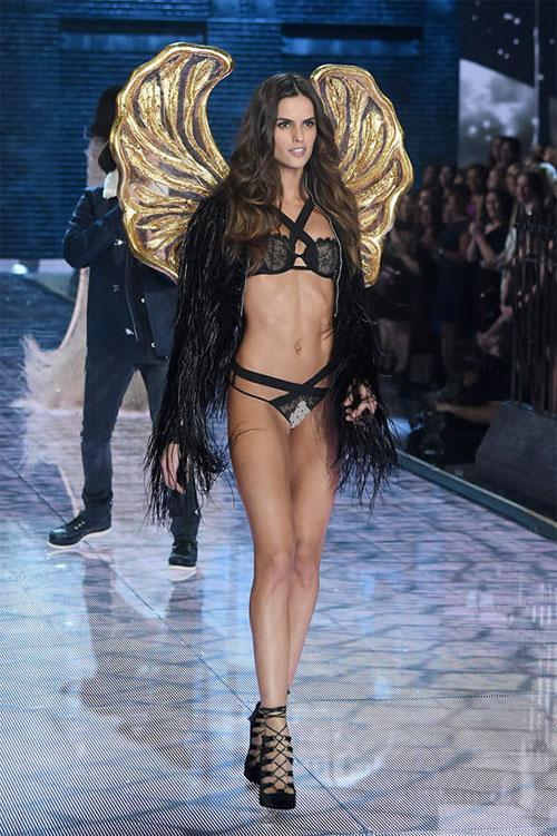Dàn mẫu nội y cực gợi cảm trong show Victoria's Secret - 27