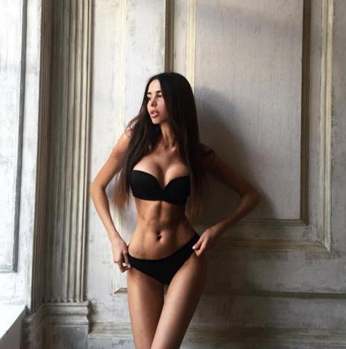 """Á hậu Nga gây """"sốt"""" với thân hình đạt chuẩn đẹp mới - 7"""