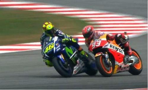 Scandal MotoGP: Rossi xấu, Marquez chẳng đẹp - 1
