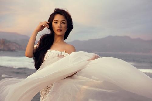 Khánh Tiên ngày càng xinh đẹp sau Vietnam Idol - 5