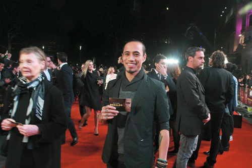 Rocker Phạm Anh Khoa gặp siêu sao Ronaldo tại London - 5