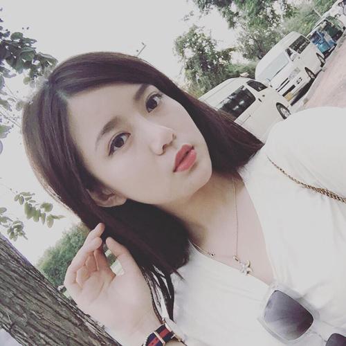 Hot girl Tú Linh tiết lộ nụ hôn đầu đời khi học lớp 10 - 6
