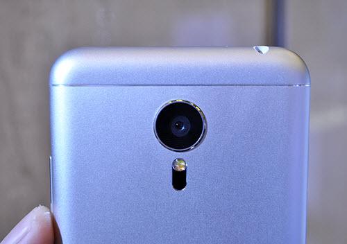 Meizu tung bộ 3 smartphone nguyên khối, phím Home lạ - 4