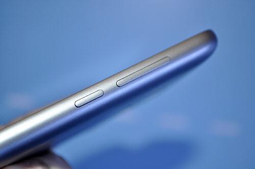 Meizu tung bộ 3 smartphone nguyên khối, phím Home lạ - 7