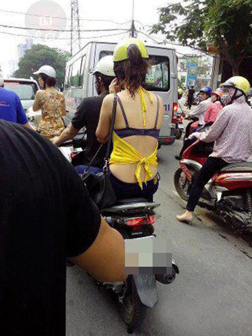 """""""Phát hoảng"""" với trang phục táo bạo của thiếu nữ trên phố - 9"""