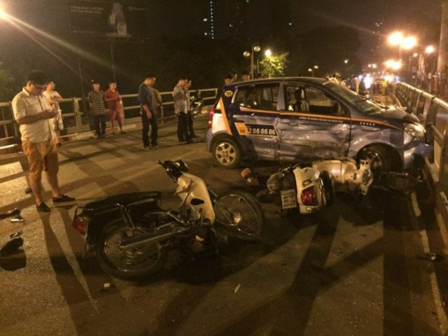 """Nỗi ám ảnh của nạn nhân vụ taxi """"điên"""" trên cầu vượt - 3"""