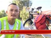 Bạn trẻ - Cuộc sống - Chàng trai đạp xe từ Bắc vào Nam dọn rác không công