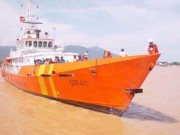 Tin tức trong ngày - Cứu 6 ngư dân cùng tàu cá trôi dạt 3 ngày trên biển