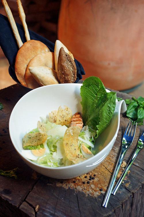 Salad Moo Beef Steak độc đáo và hấp dẫn - 3