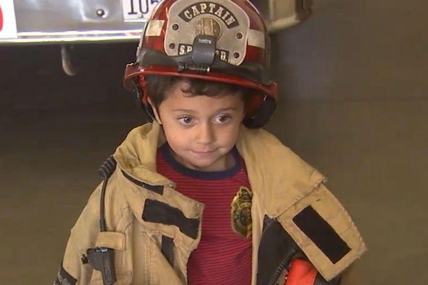 Bé 5 tuổi cứu sống bà khỏi hỏa hoạn nhờ khóa học sinh tồn - 1