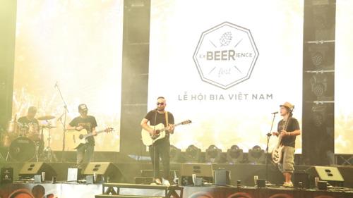 Hàng nghìn người Sài Gòn hào hứng tham gia lễ hội bia - 2