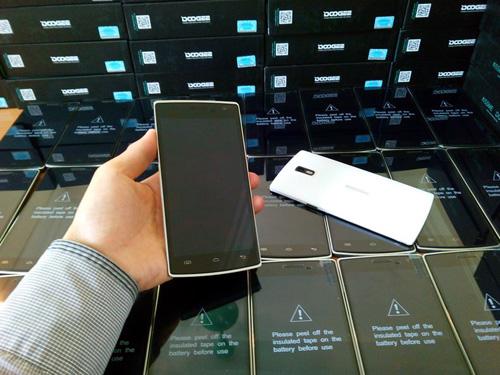 Điện thoại độc, lạ giá 3.800.000 đồng - 4