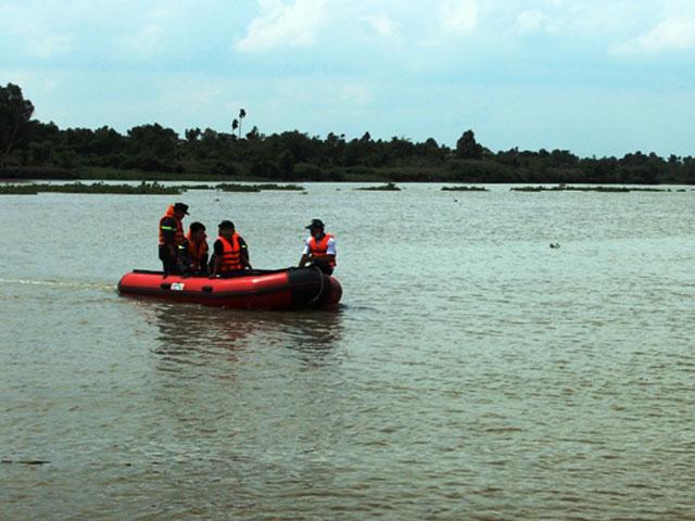 Nam thanh niên nhảy cầu, mất tích dưới sông Sài Gòn - 1