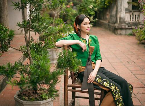 Trúc Diễm khoe nét đẹp e ấp thuần Việt - 5