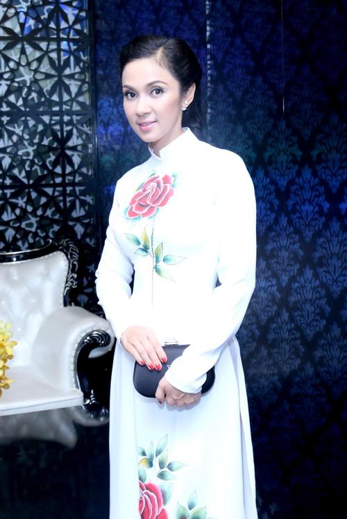 Quyền Linh kêu gọi được 200 triệu ủng hộ DV Nguyễn Hoàng - 2