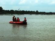 Tin tức trong ngày - Nam thanh niên nhảy cầu, mất tích dưới sông Sài Gòn