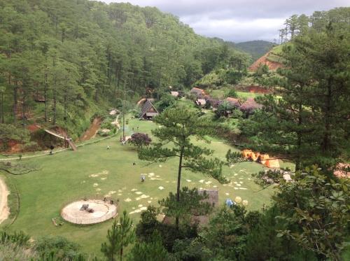 Làng Cù Lần- chốn yên bình giữa rừng thông reo - 2