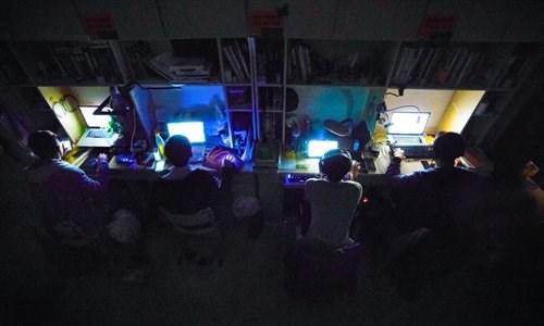 Chủ shop online lập bàn thờ cầu... Jack Ma phù hộ - 3
