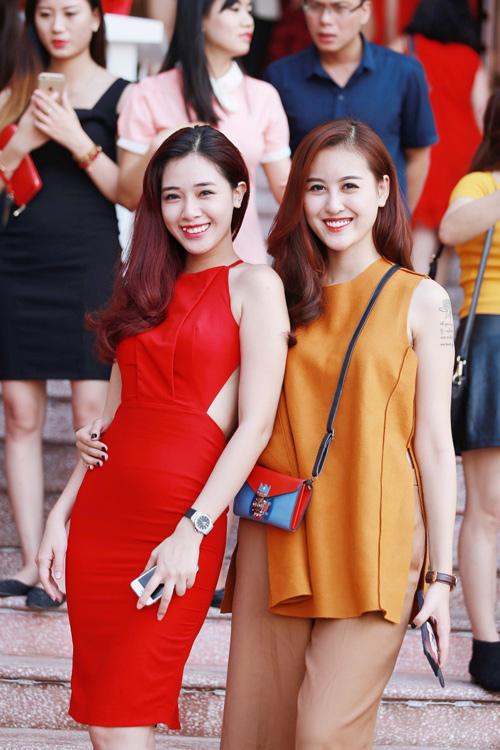 """""""Hotgirl cảnh nóng"""" Linh Miu mặc kín bưng vẫn đẹp - 5"""
