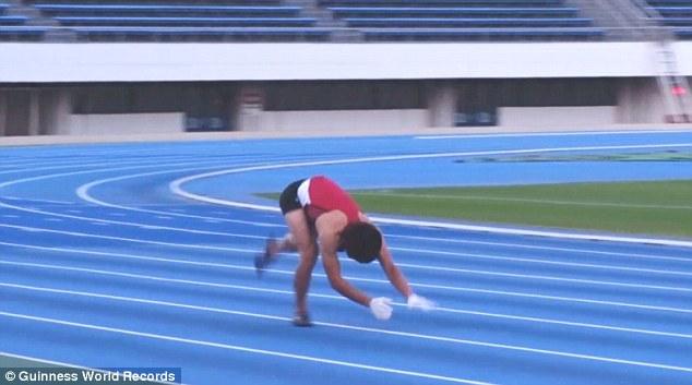 Kỷ lục thế giới: Người chạy bằng 4 chi nhanh nhất - 1