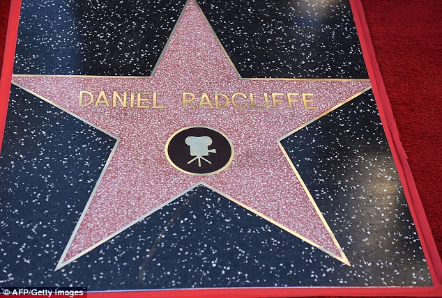 Diễn viên Harry Potter được gắn tên trên Đại lộ danh vọng - 2
