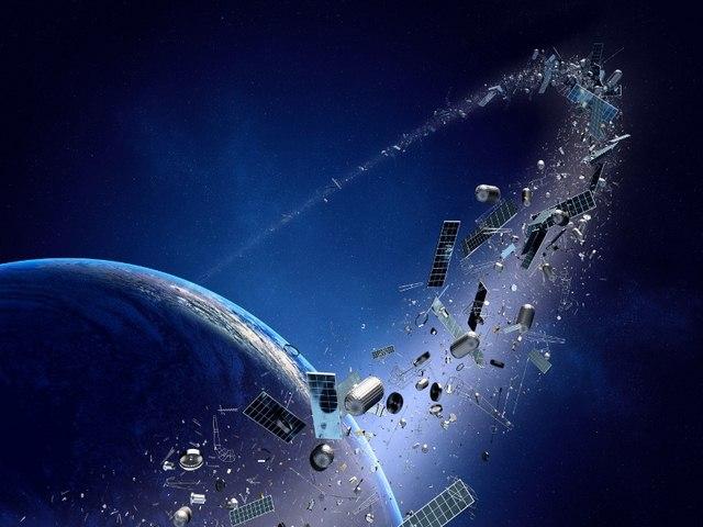 Rác vũ trụ lao vào Trái Đất thứ Sáu ngày 13 - 1