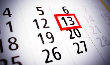 """13 câu chuyện kỳ quái về """"thứ Sáu ngày 13"""" - 8"""
