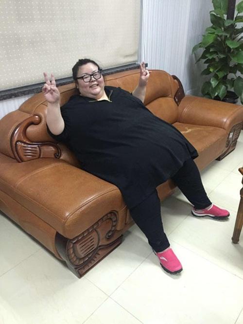 Cô gái béo nhất TQ cắt bớt dạ dày để giảm cân - 4