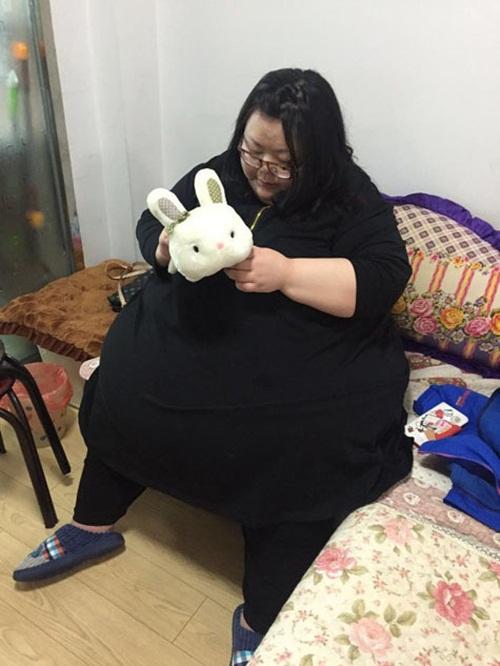 Cô gái béo nhất TQ cắt bớt dạ dày để giảm cân - 7