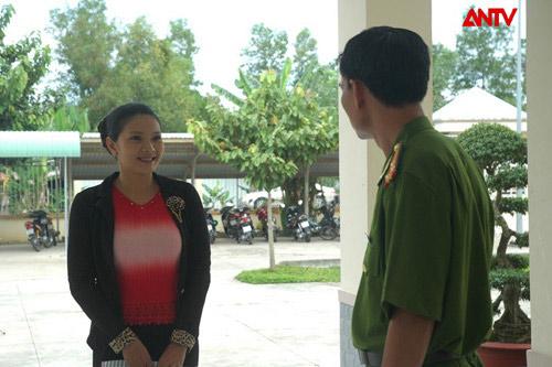 'Con gái ông trùm': Phim hình sự không gai góc - 5