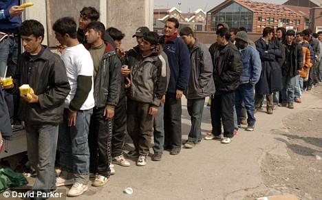 4 người tị nạn Iraq âm mưu bắt cóc các nhà ngoại giao Anh - 2