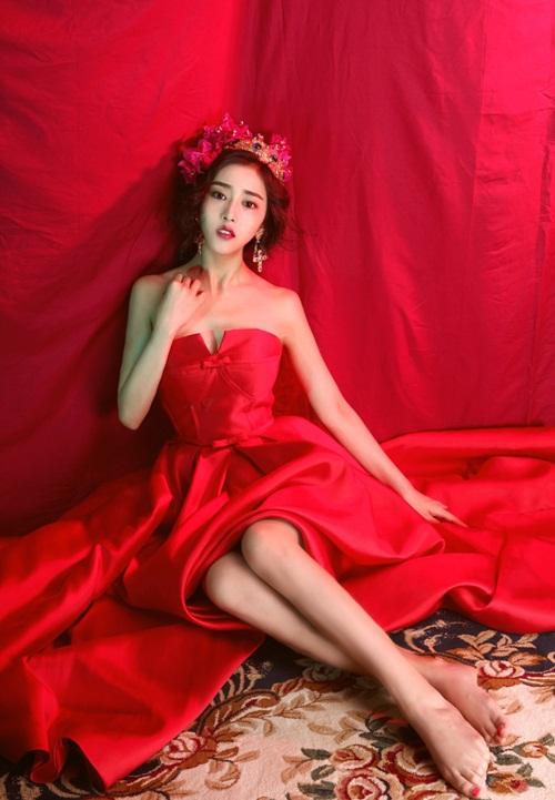 """Gương mặt đẹp như """"nữ thần"""" của hot girl điện ảnh - 1"""