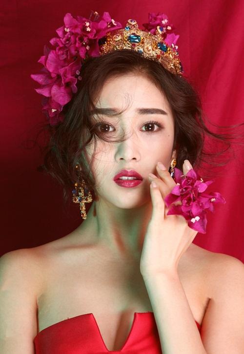 """Gương mặt đẹp như """"nữ thần"""" của hot girl điện ảnh - 2"""