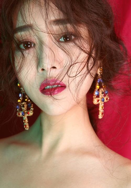 """Gương mặt đẹp như """"nữ thần"""" của hot girl điện ảnh - 3"""