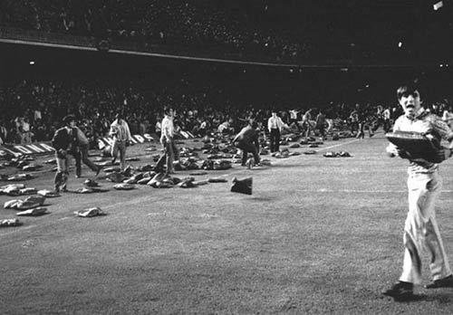 """Tiếng còi """"đen"""" Real-Barca: Cuộc bạo động thế kỷ (P2) - 2"""