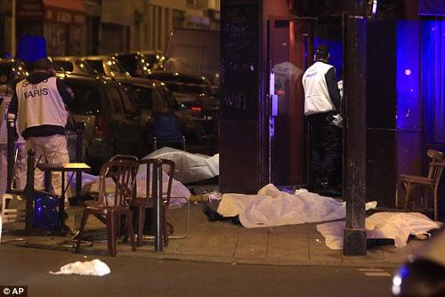 Đánh bom khủng bố Paris: SAO bóng đá bàng hoàng - 6