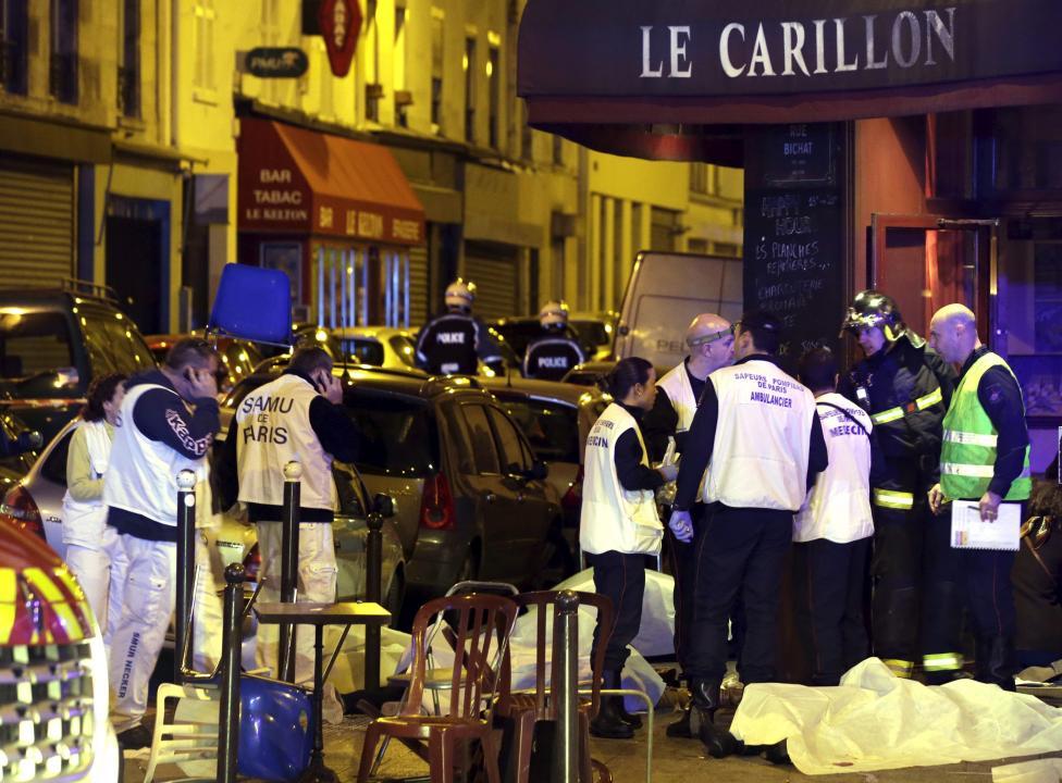 Tang thương hiện trường vụ tấn công hàng loạt ở Paris - 10