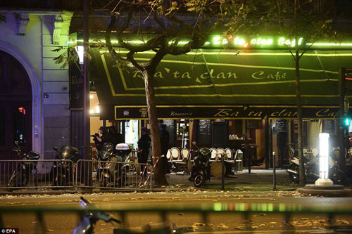 Tang thương hiện trường vụ tấn công hàng loạt ở Paris - 20