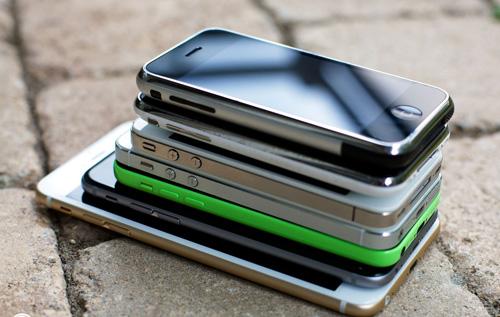 iPhone 5S/iPhone 6 hạ giá tới 2 triệu gây sốt - 1