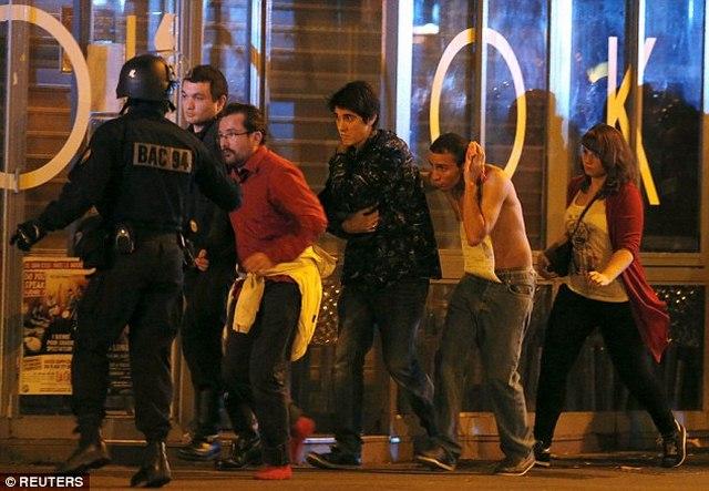 Con tin vụ tấn công ở Pháp: Chúng giết từng người một - 1