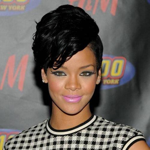 """Tuyển tập màu son đẹp và """"độc"""" của Rihanna - 4"""