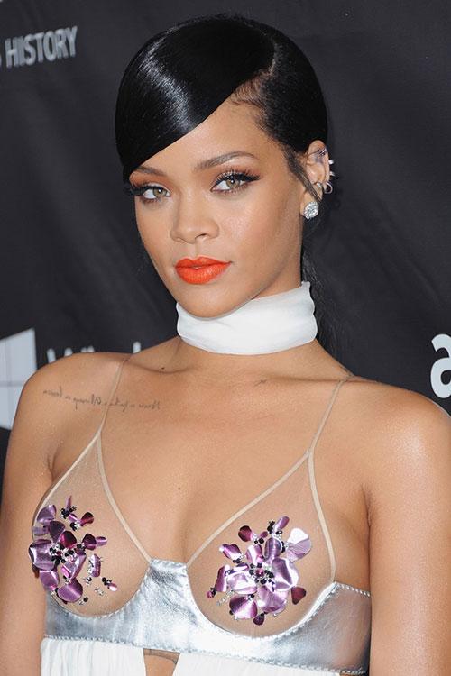 """Tuyển tập màu son đẹp và """"độc"""" của Rihanna - 9"""
