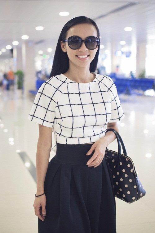 Bóc giá bộ sưu tập túi hiệu của nữ MC 3 con Huyền Ny - 1
