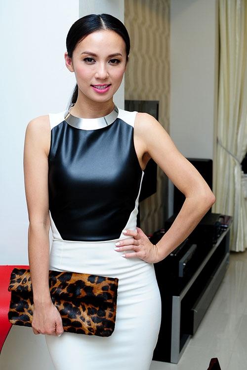 Bóc giá bộ sưu tập túi hiệu của nữ MC 3 con Huyền Ny - 4