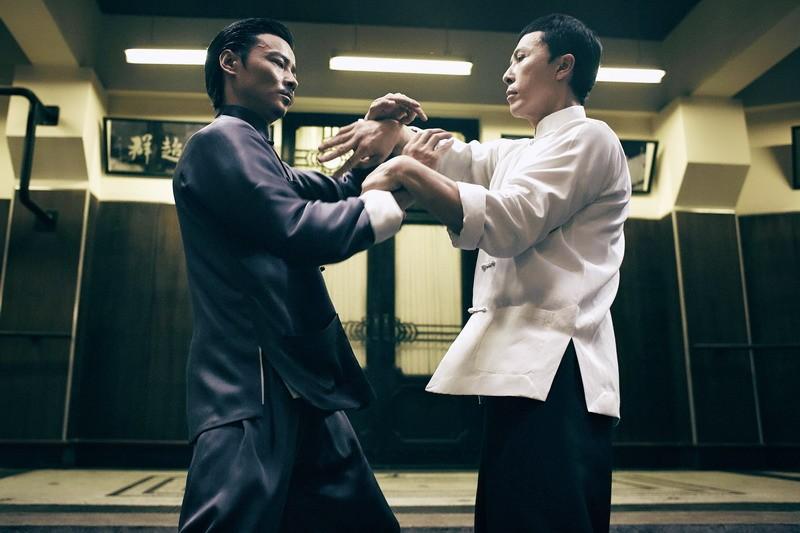 """Màn đối đầu """"nghẹt thở"""" giữa Chân Tử Đan và Mike Tyson - 5"""
