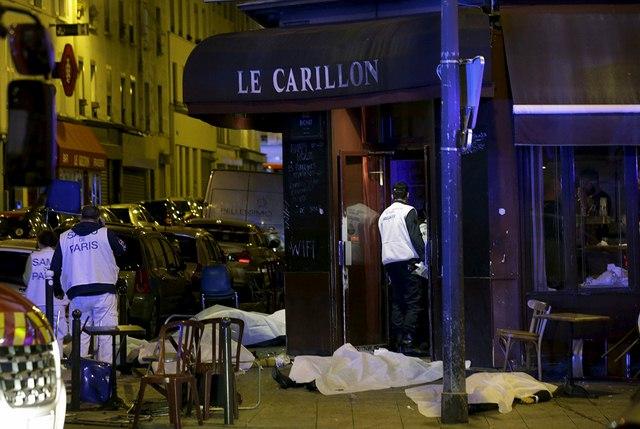 Video: Phút tiếng bom khủng bố gây chấn động sân bóng Pháp - 4